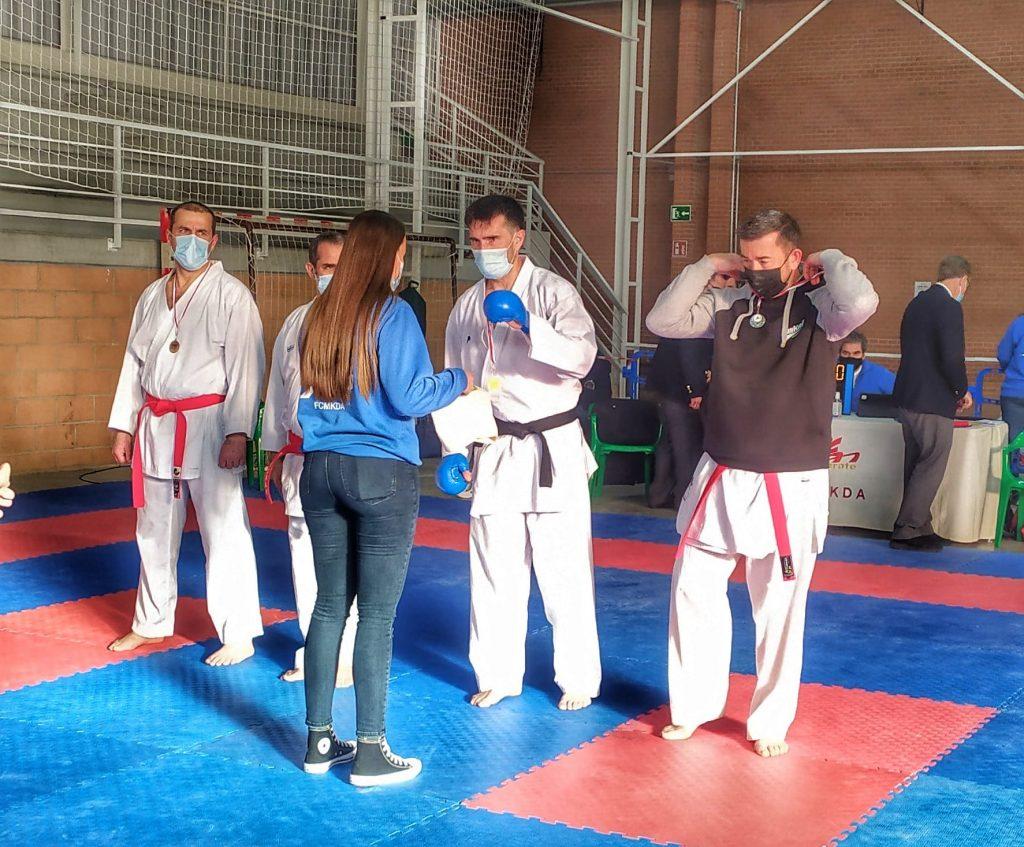entrega de premios kumite veteranos karate mora toledo 2021